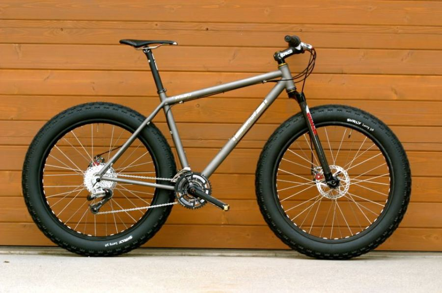 "Twenty2Cycles.com - ""Bully"" snowbike"